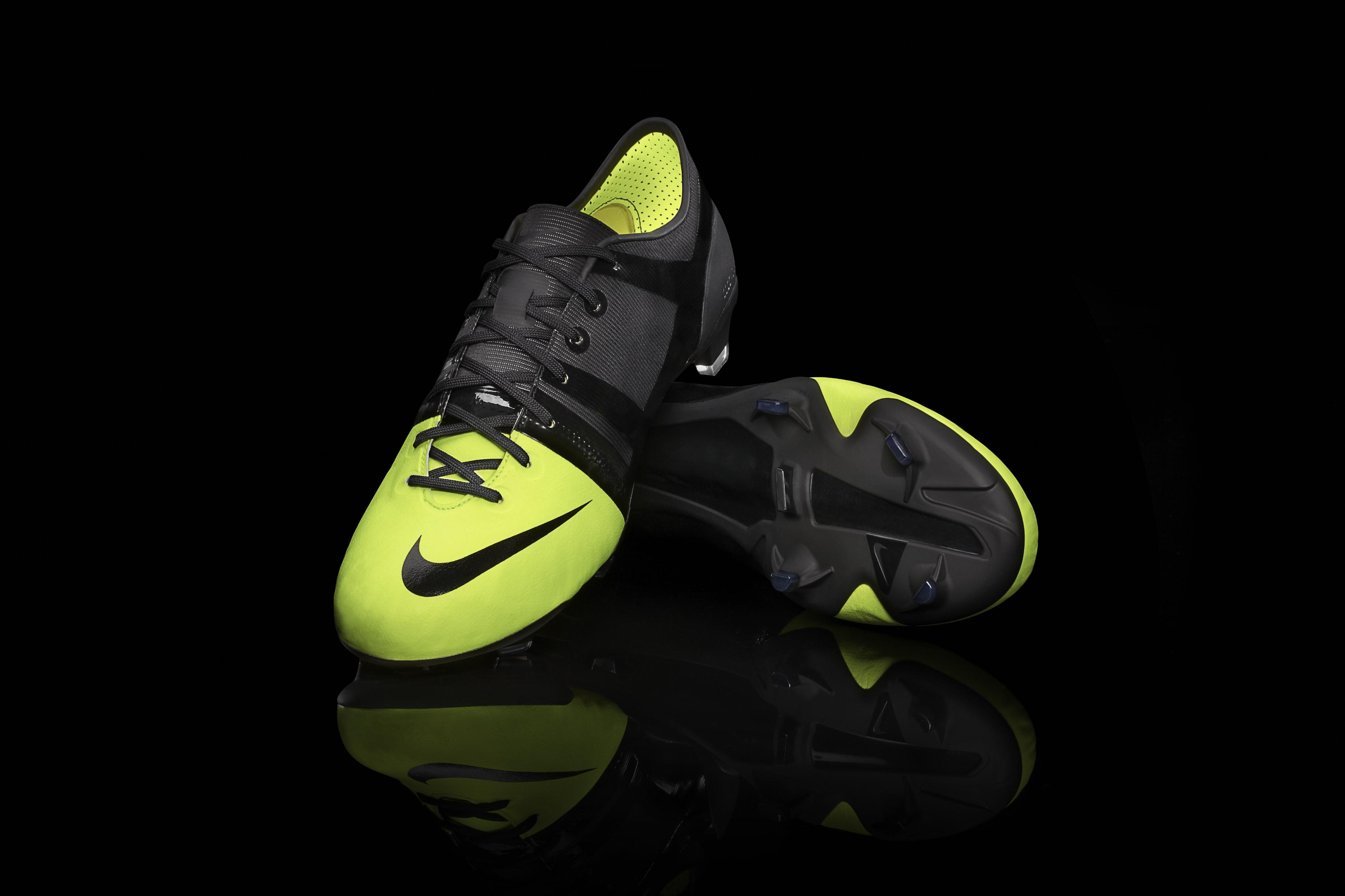 00894c5e Экологически чистые бутсы Nike GS опробуют на Олимпиаде в Лондоне. ...